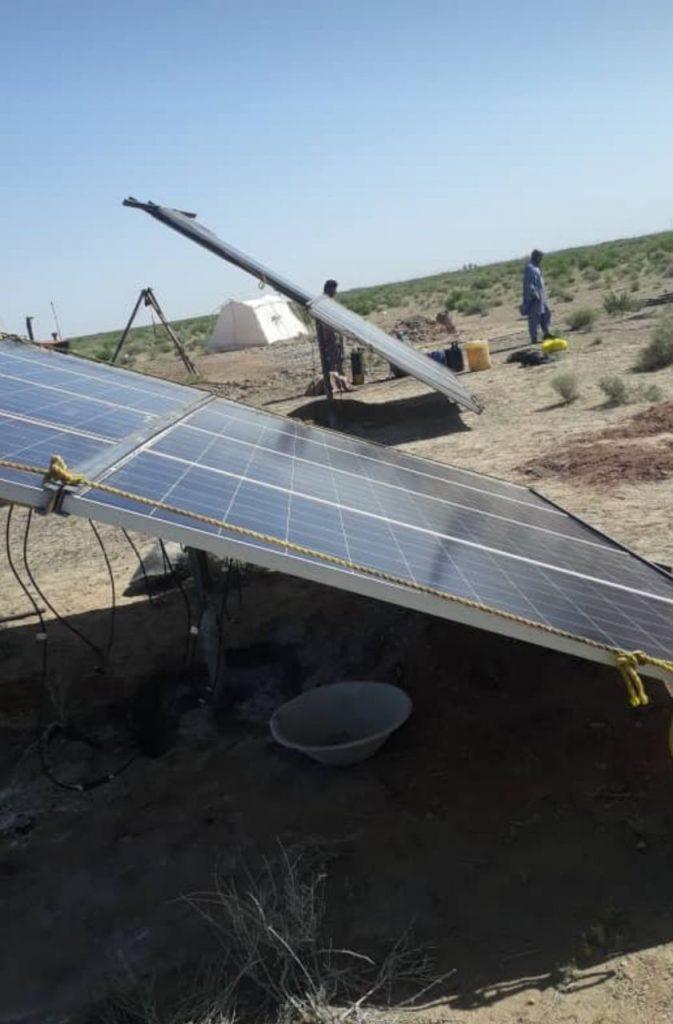 پمپ برق خورشیدی